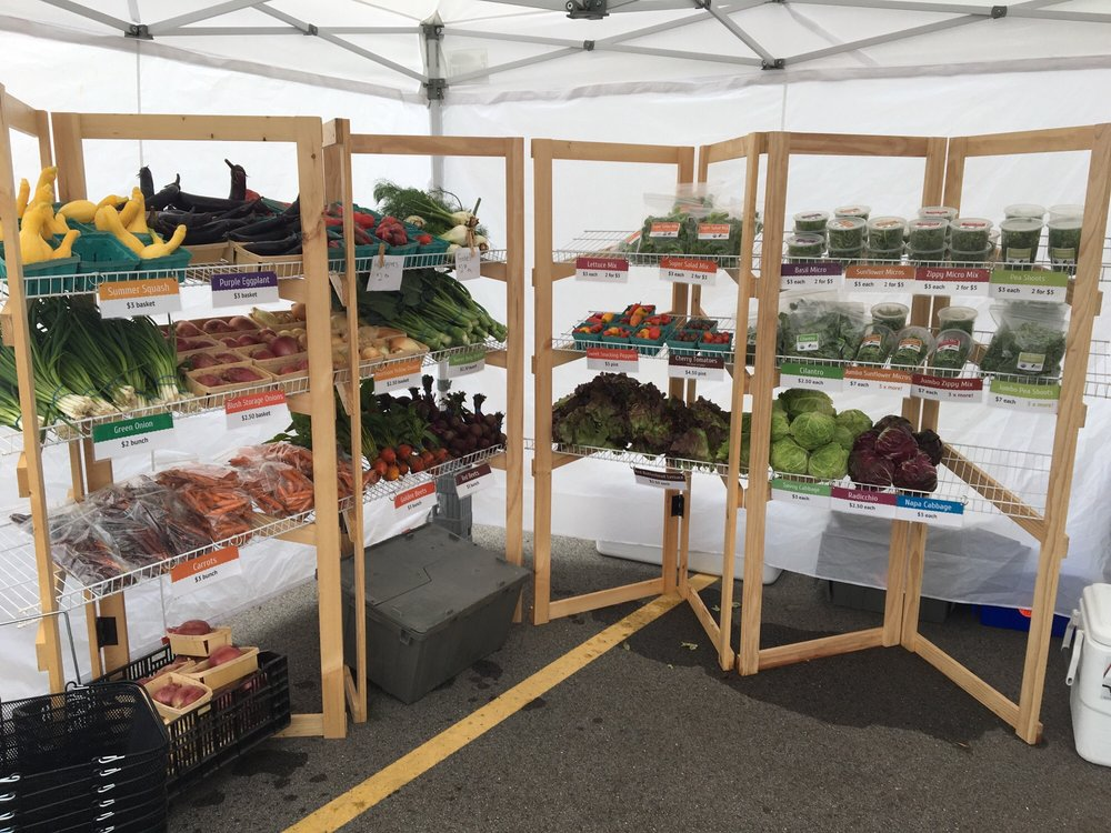 Fox Point Farmers Market: 7300 North Lombardy Rd, Fox Point, WI