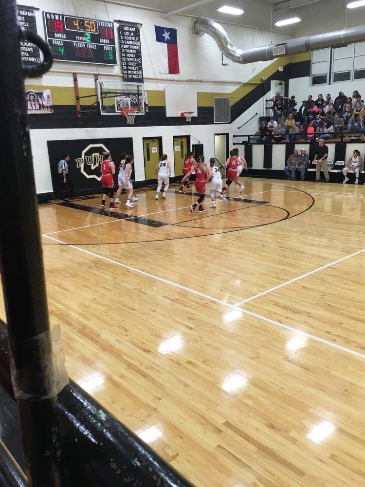 Quanah Independent School District: 501 W 7th St, Quanah, TX