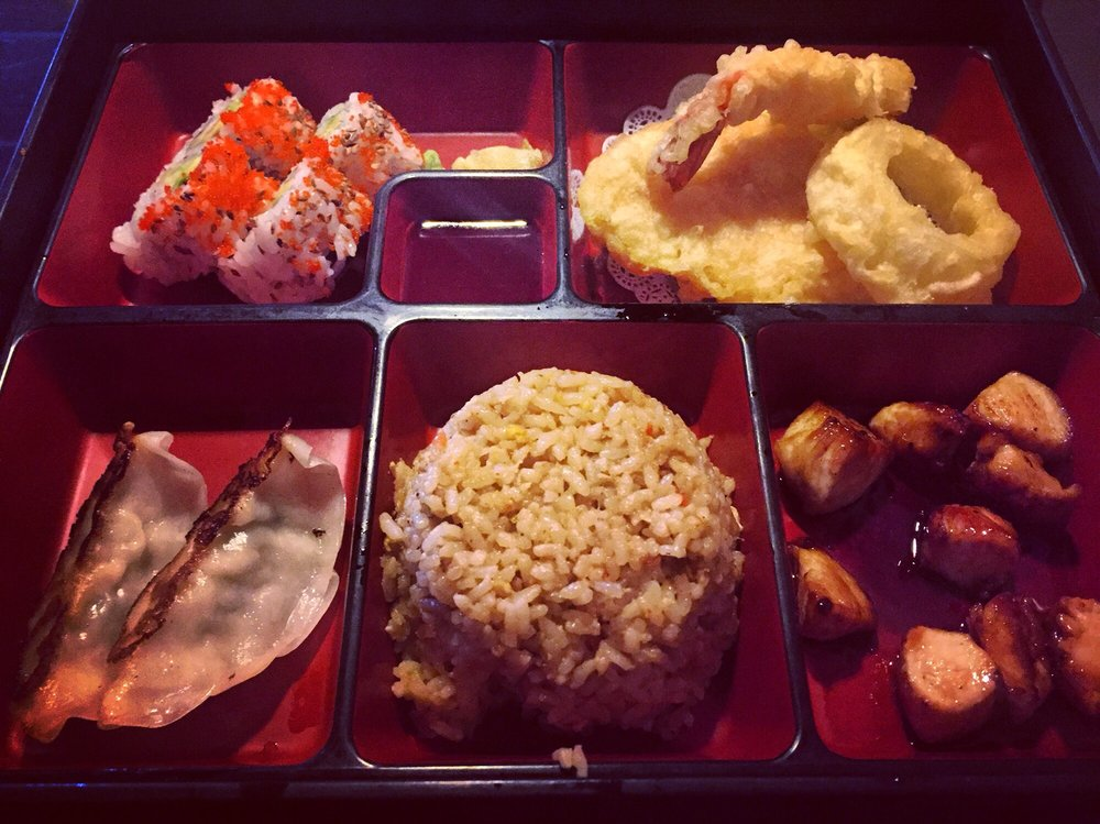 Masa Japanese Bistro & Sushi Bar: 12336 Shelbyville Rd, Louisville, KY