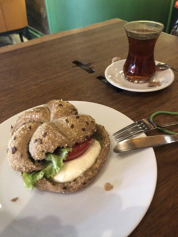 Mambocino Cafe