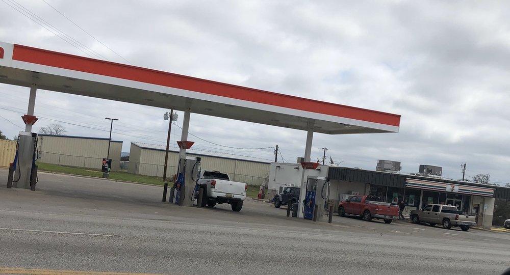 7-Eleven: 2606 W Ranch Rd 1431, Kingsland, TX
