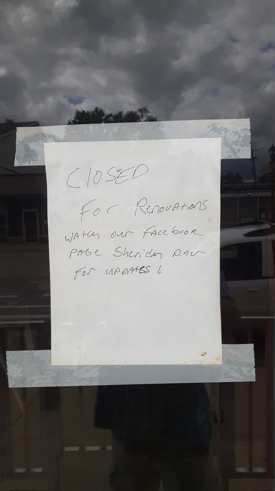 Sheridan Diner: 206 S Main St, Sheridan, MI