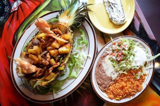 Cancun Mexican Grill: 1071 S US Hwy 27, St. Johns, MI
