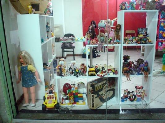 56018692800 Foto de Brechó de Brinquedos Taffy Shop - Rio de Janeiro - RJ