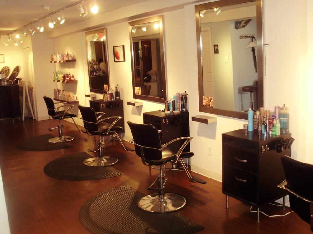 Blue element salon 10 fotos friseur 610 eastgate ave for A m salon equipment st louis mo