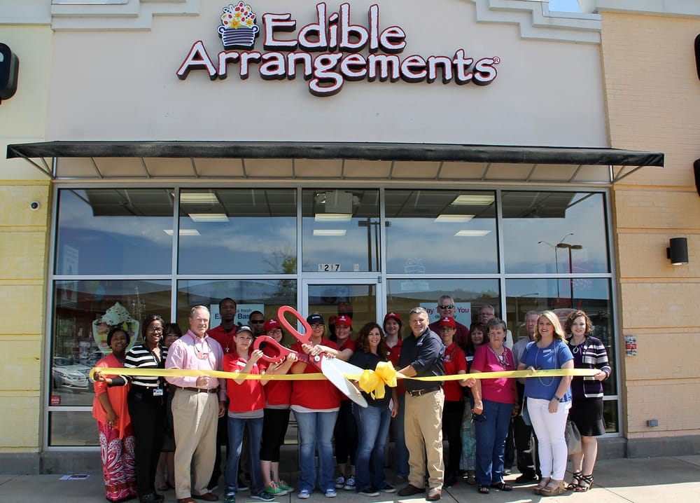 Edible Arrangements - Chocolatiers & Shops - 1217 S Frontage Rd ...