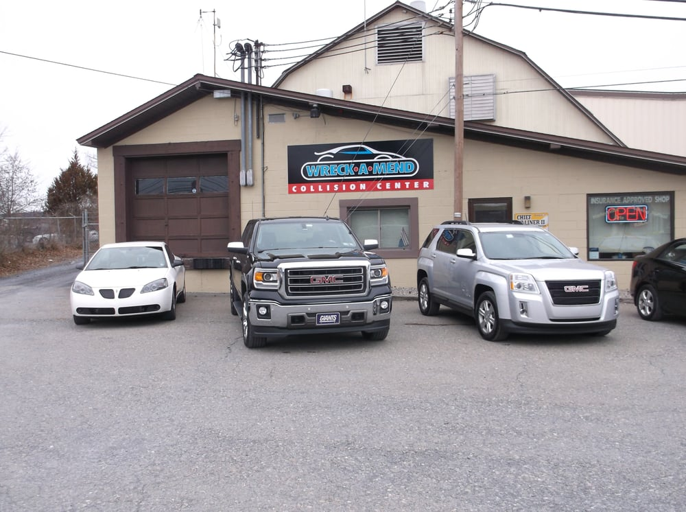 Wreck-A-Mend Collision Center: 2144 Route 115, Brodheadsville, PA