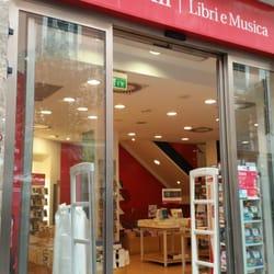 Librerie Feltrinelli - Buchhandlung - Corso Vittorio ...