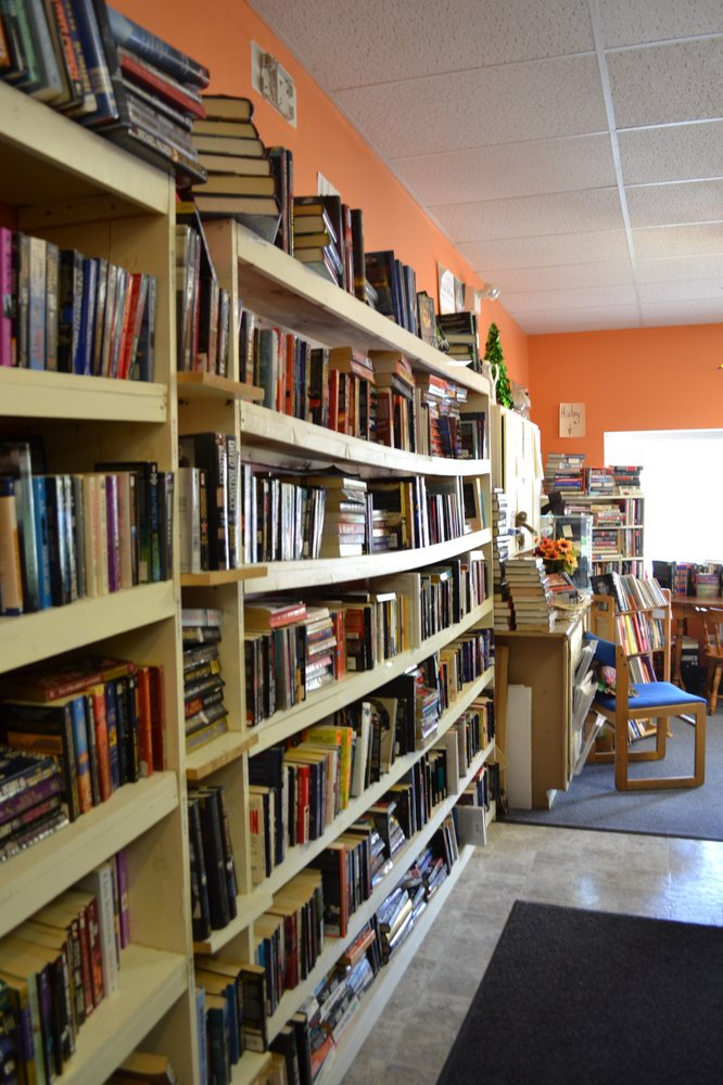 Tattered Pages Used Books: 365 Feura Bush Rd, Glenmont, NY