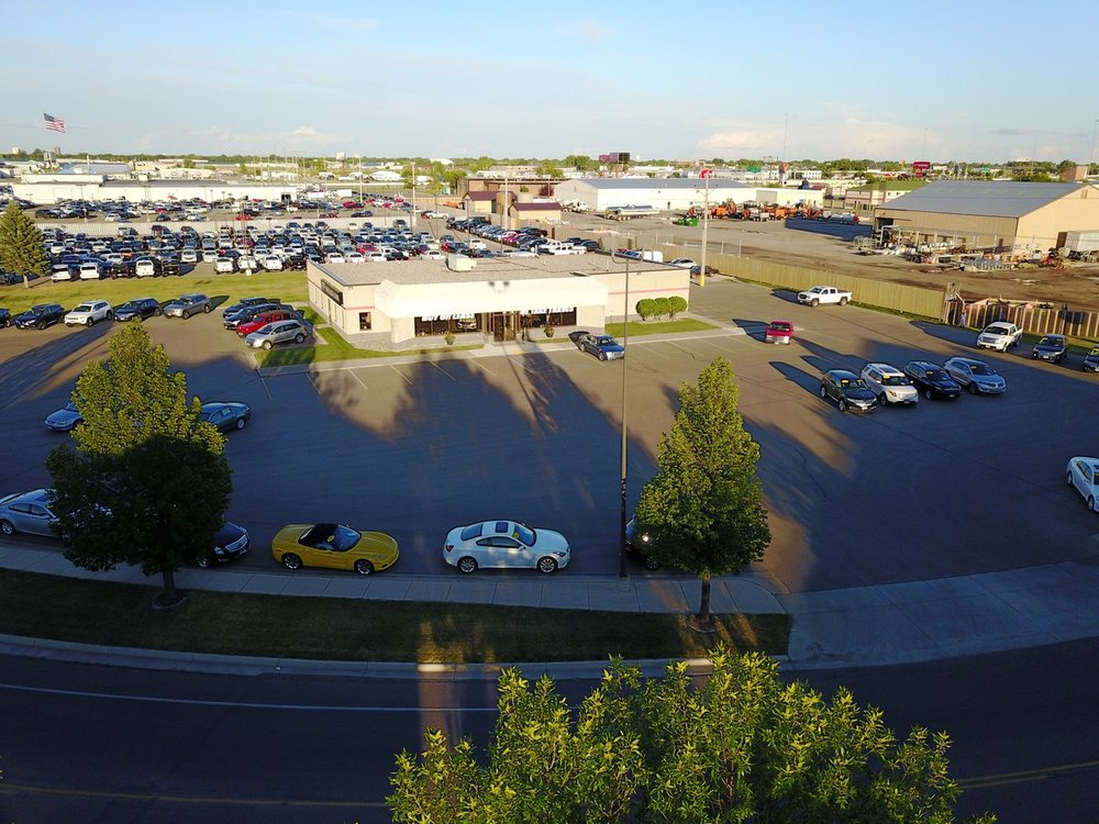FF Fisher Sales & Leasing: 500 40th St SW, Fargo, ND