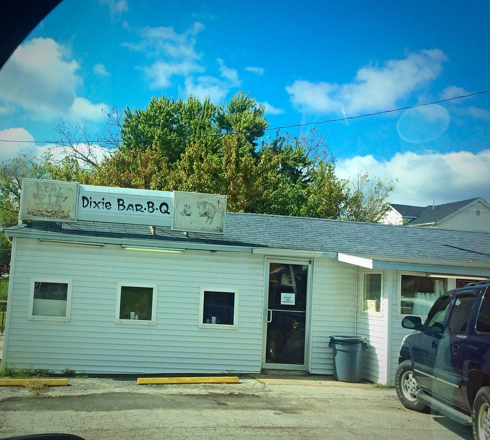 Dixie Barbecue: 205 W Broad, Jonesboro, IL