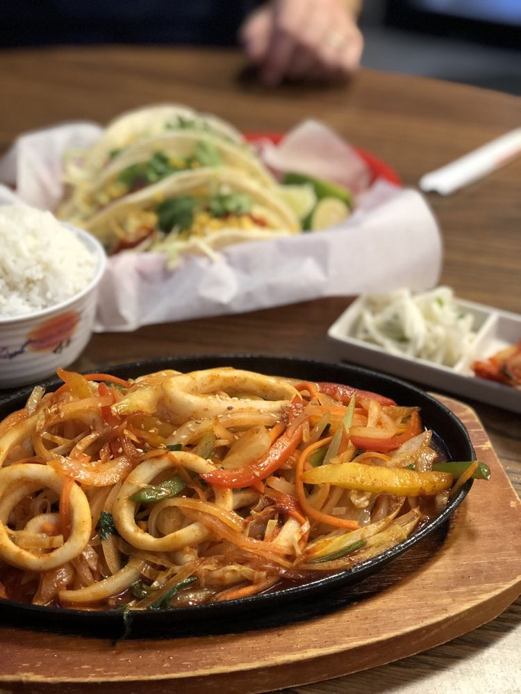 Food from Korean Taco House