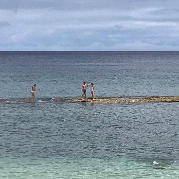 Photo Of Three Tables Beach Haleiwa Hi United States Surprised Me To
