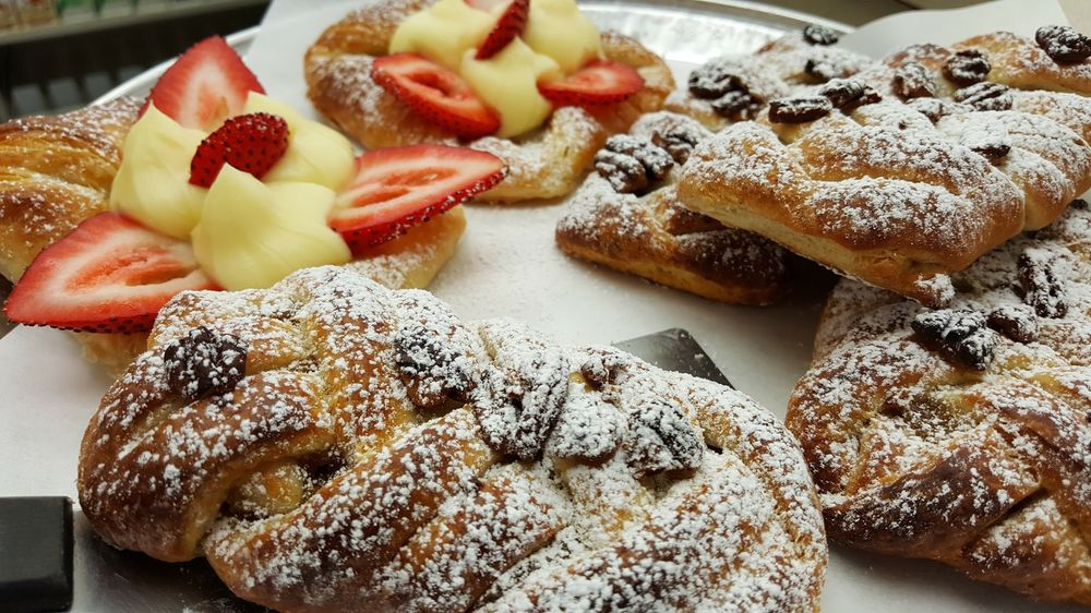 Food from Danada Deli & Pantry