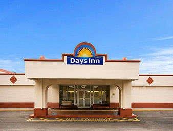 Days Inn by Wyndham Shelby: 1431 West Dixon Boulevard, Shelby, NC
