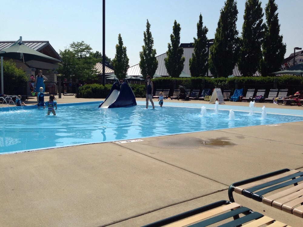 Centennial Family Aquatic Center Swimming Pools 2300 Old Glenview Rd Wilmette Il Phone