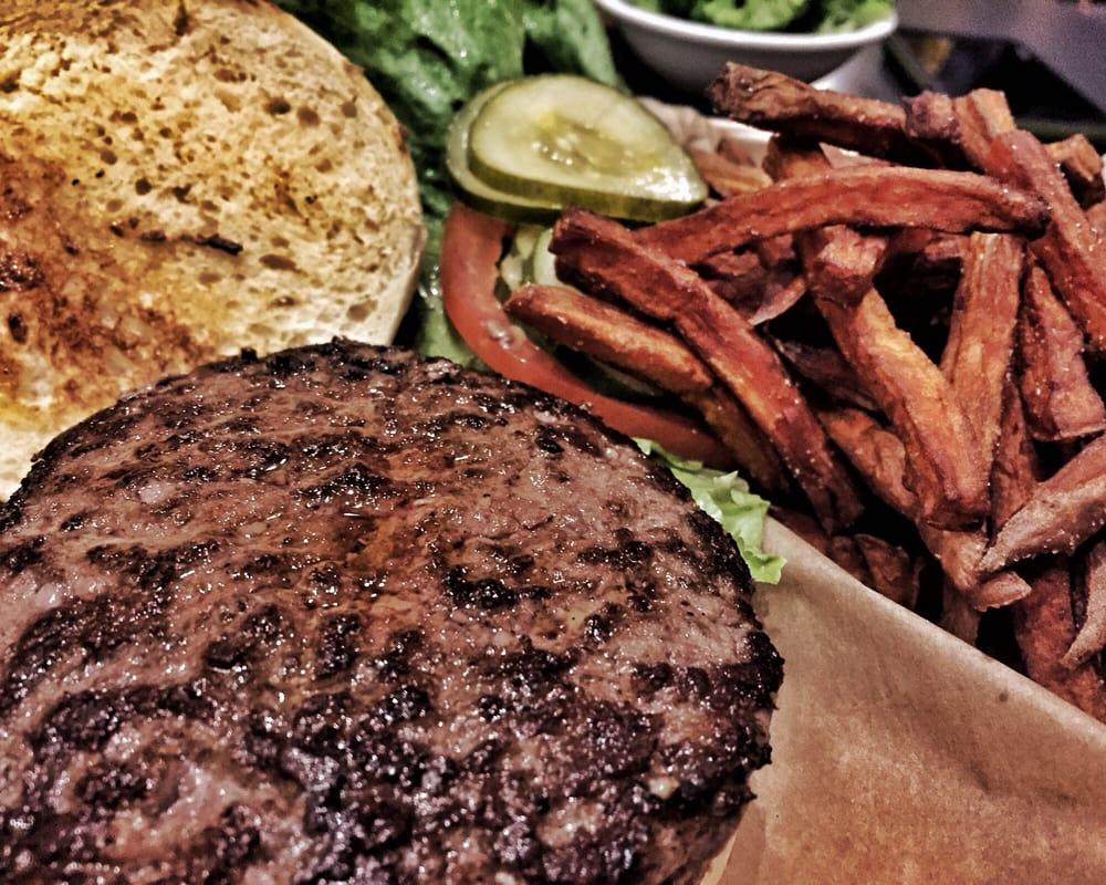 Dick's Primal Burger: 4905 SE Woodstock Blvd, Portland, OR