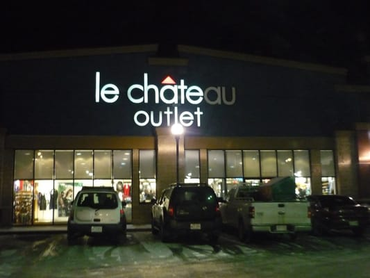 Le chateau outlet herrenmode 99 street nw edmonton for Kitchen cabinets 99 street edmonton