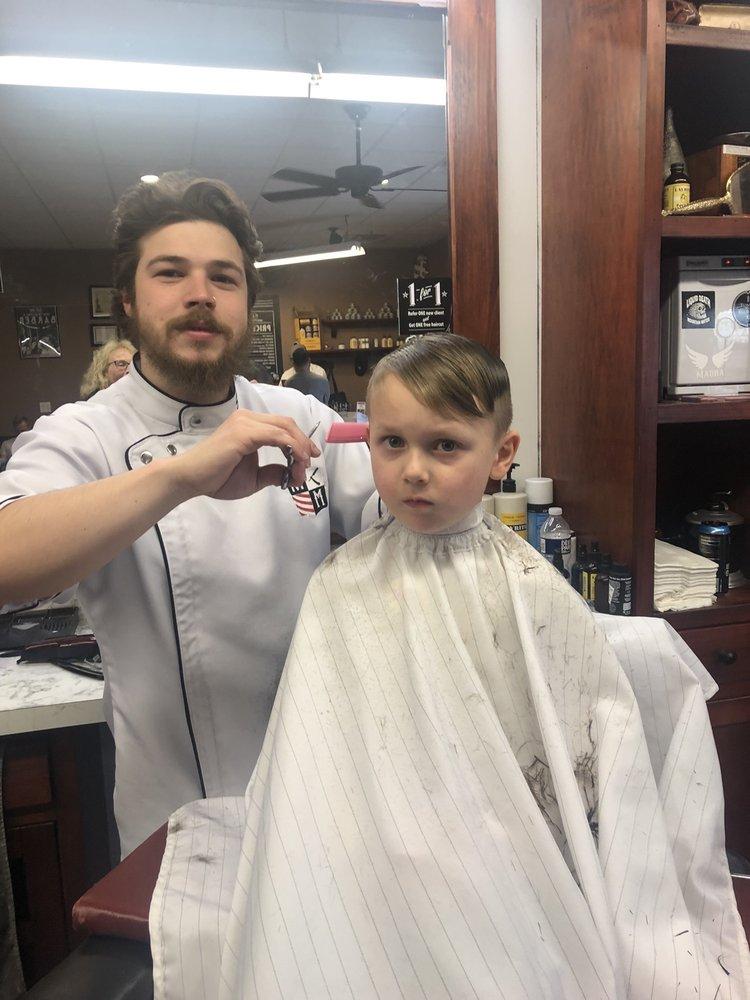 Razor-Sharp Barbershop: 213 W Broad St, Quakertown, PA