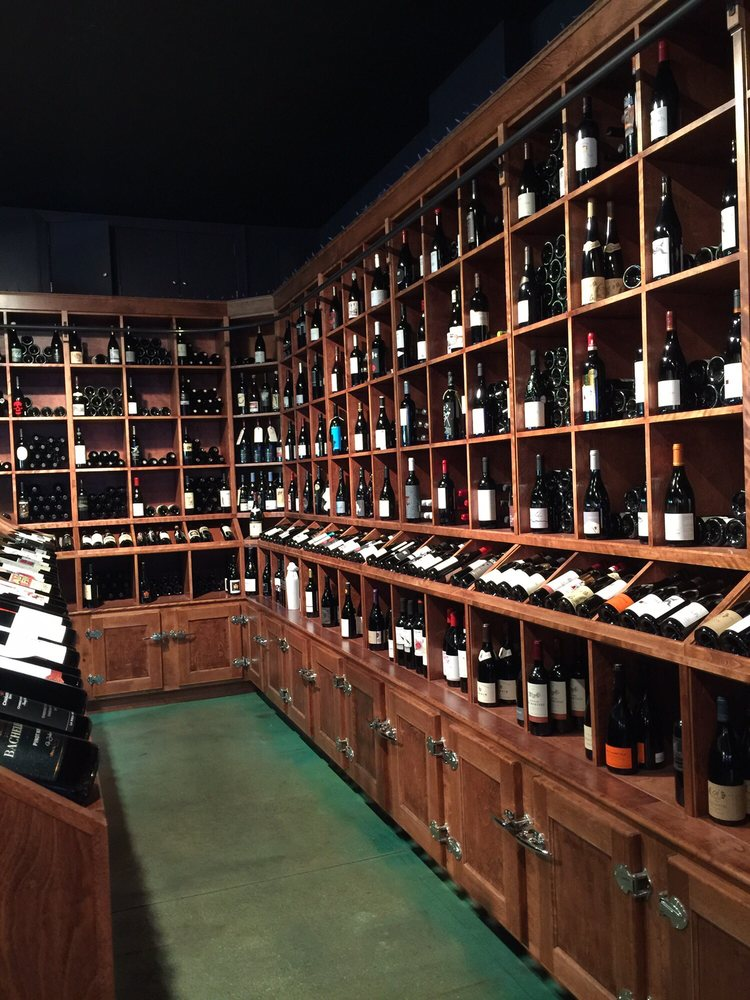 Lush Wine and Spirits: 1412 W Chicago Ave, Chicago, IL