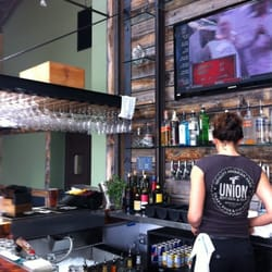 photo of union kitchen tap encinitas ca united states - Union Kitchen And Tap