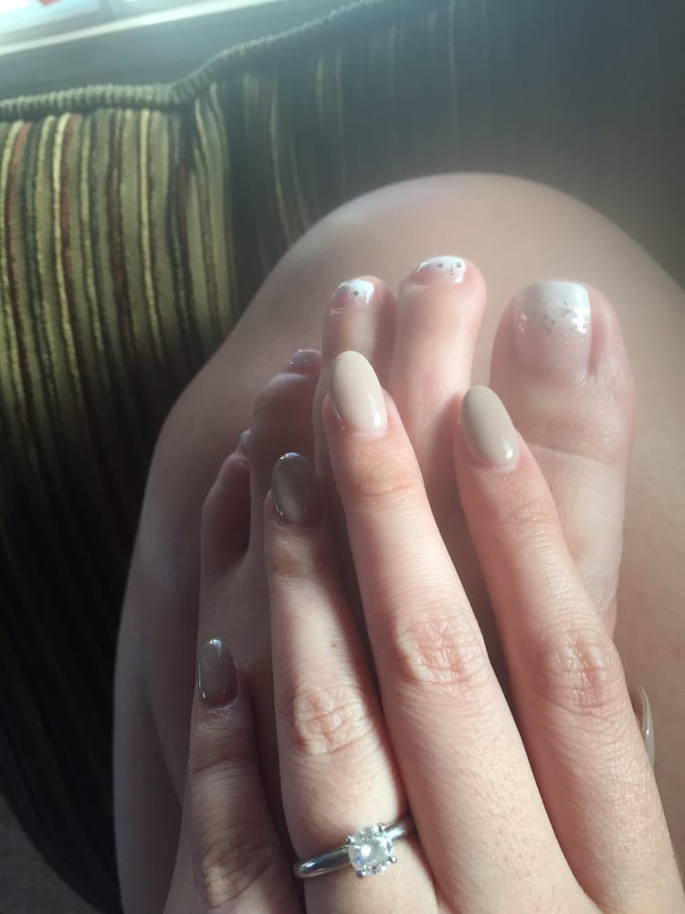 Pedi Gelish French Tip Glitter Fade Nails Almond Shaped Gel
