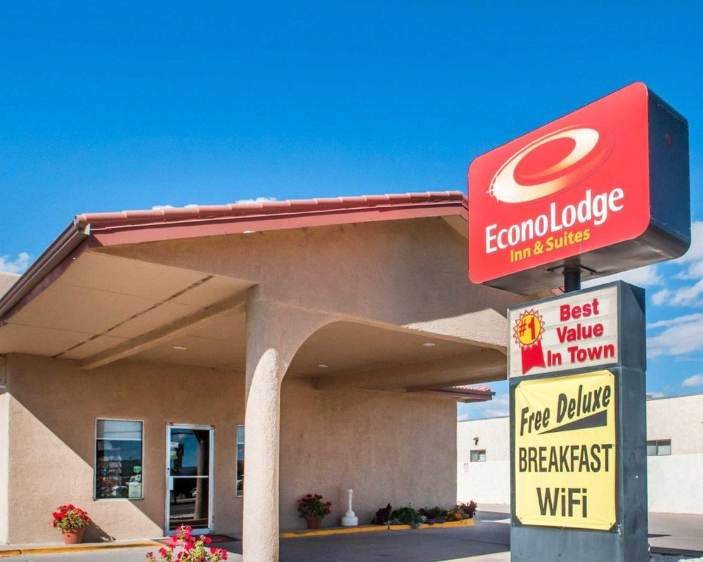 Econo Lodge Inn & Suites: 713 California St NW, Socorro, NM