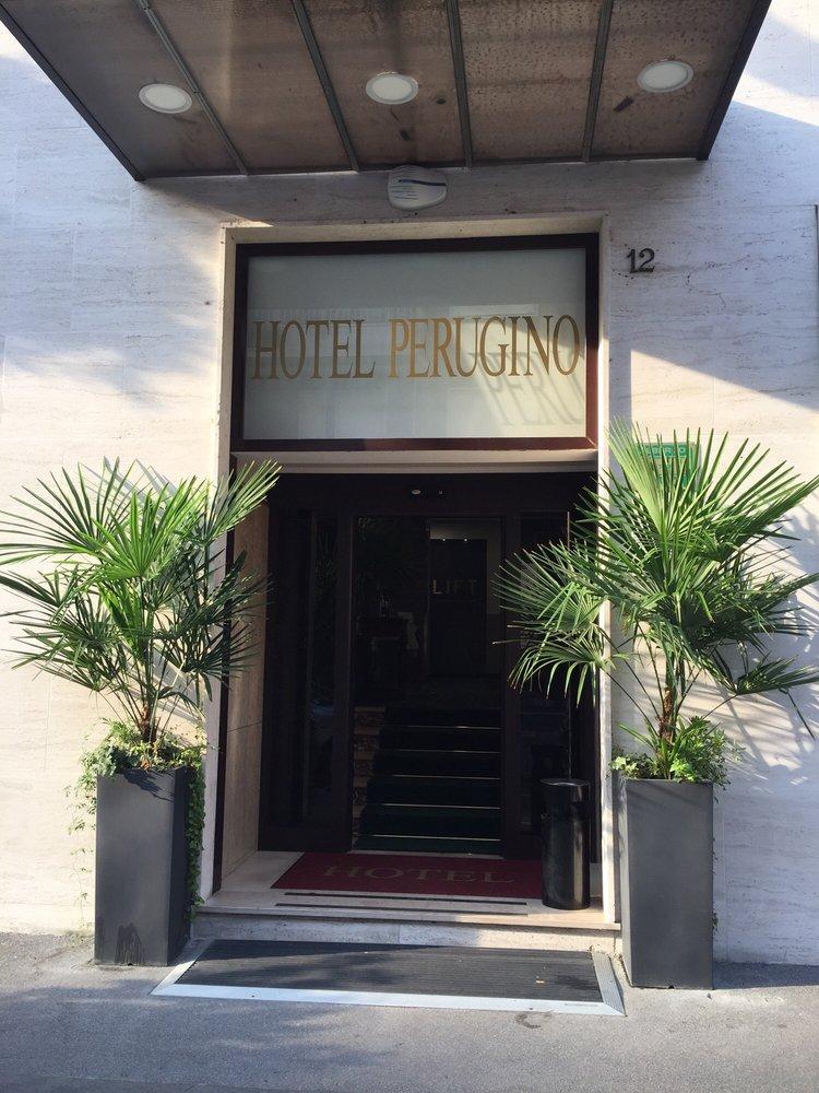 Hotel Via Perugino Milano
