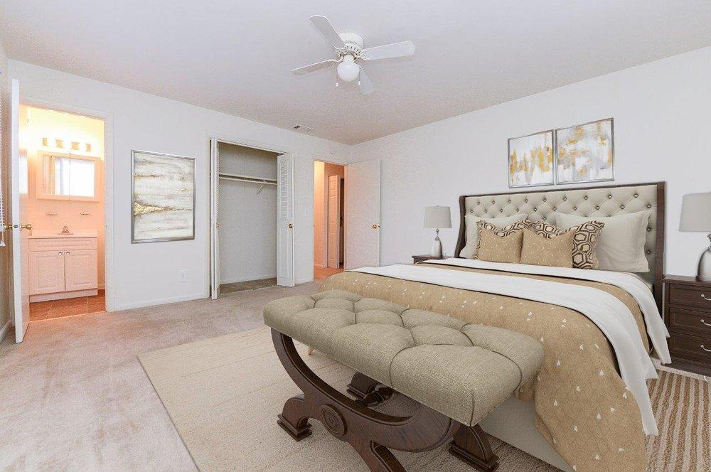 Woodcrest Apartment Homes: 892 Woodcrest Dr, Dover, DE