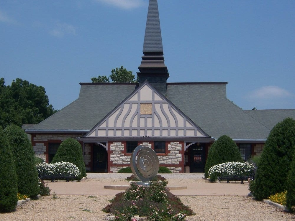 Lawrence Visitor Information Center