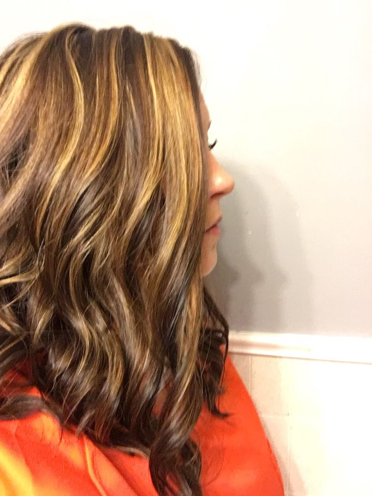 Yellow Tuesdays Hair Club: 906 N Cable Rd, Lima, OH