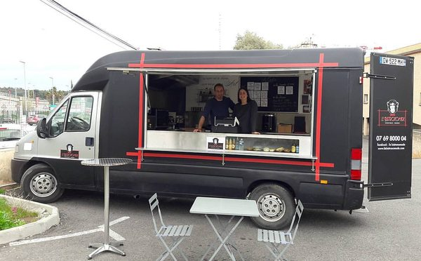 Le bistronomade food trucks la valette du var cantal for Le geant du meuble la valette