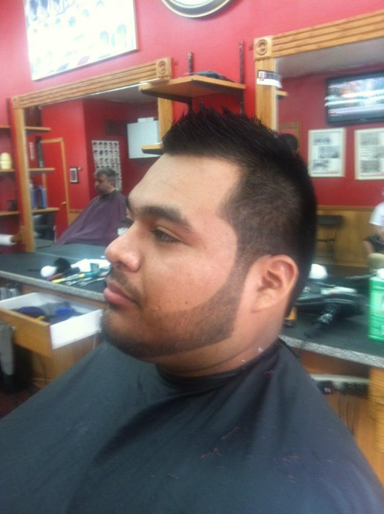 main st barber shop barbier 622 inman ave colonia nj. Black Bedroom Furniture Sets. Home Design Ideas