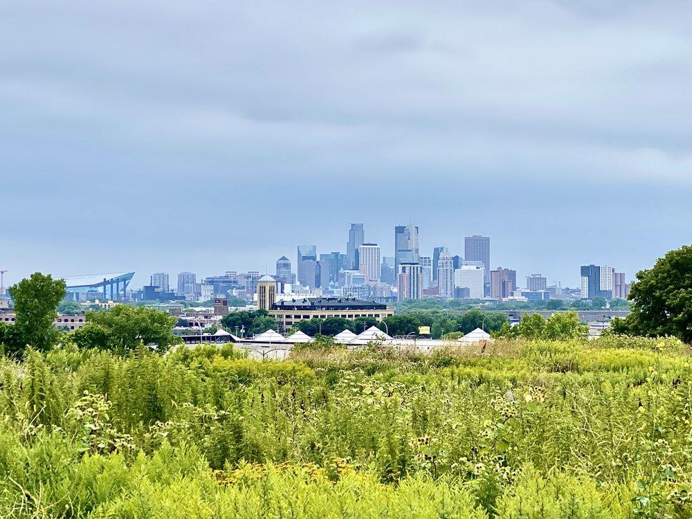 The Lookout: Ridgeway Pkwy, Minneapolis, MN