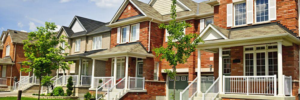 The Linda Frierdich Real Estate Group-Century 21 Advantage: 103 S Main St, Columbia, IL
