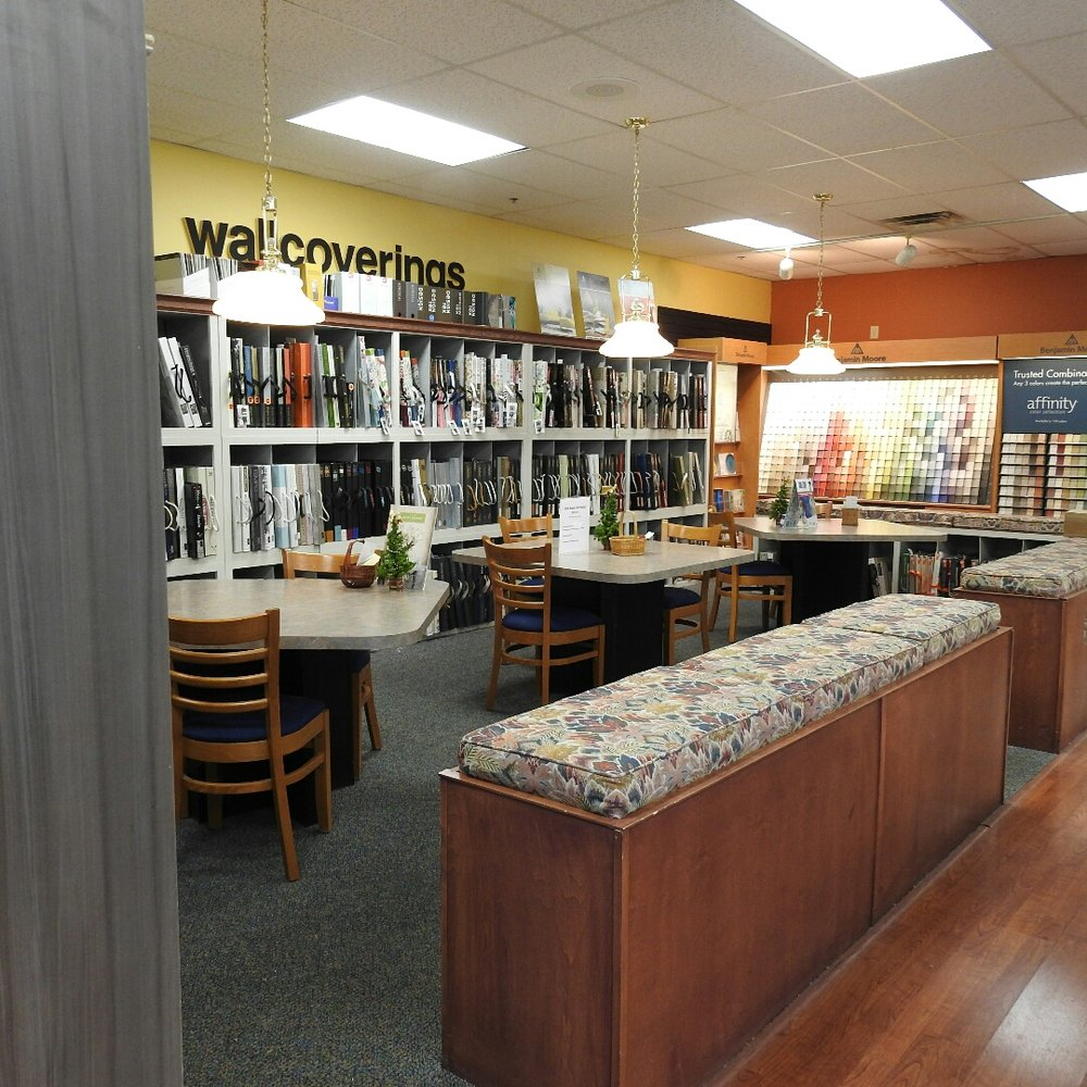 Dages Hikes Point Paint & Wallpaper East: 9810 Shelbyville Rd, Louisville, KY