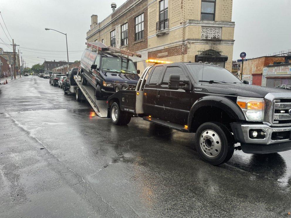 Authorized Automotive Towing: Brooklyn, NY
