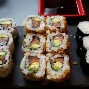 sushi chiwa 17 photos 27 avis japonais 61 rue faidherbe centre lille france. Black Bedroom Furniture Sets. Home Design Ideas