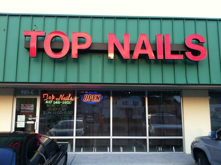 Hollys Top Nails: 901 N Salisbury Blvd, Salisbury, MD