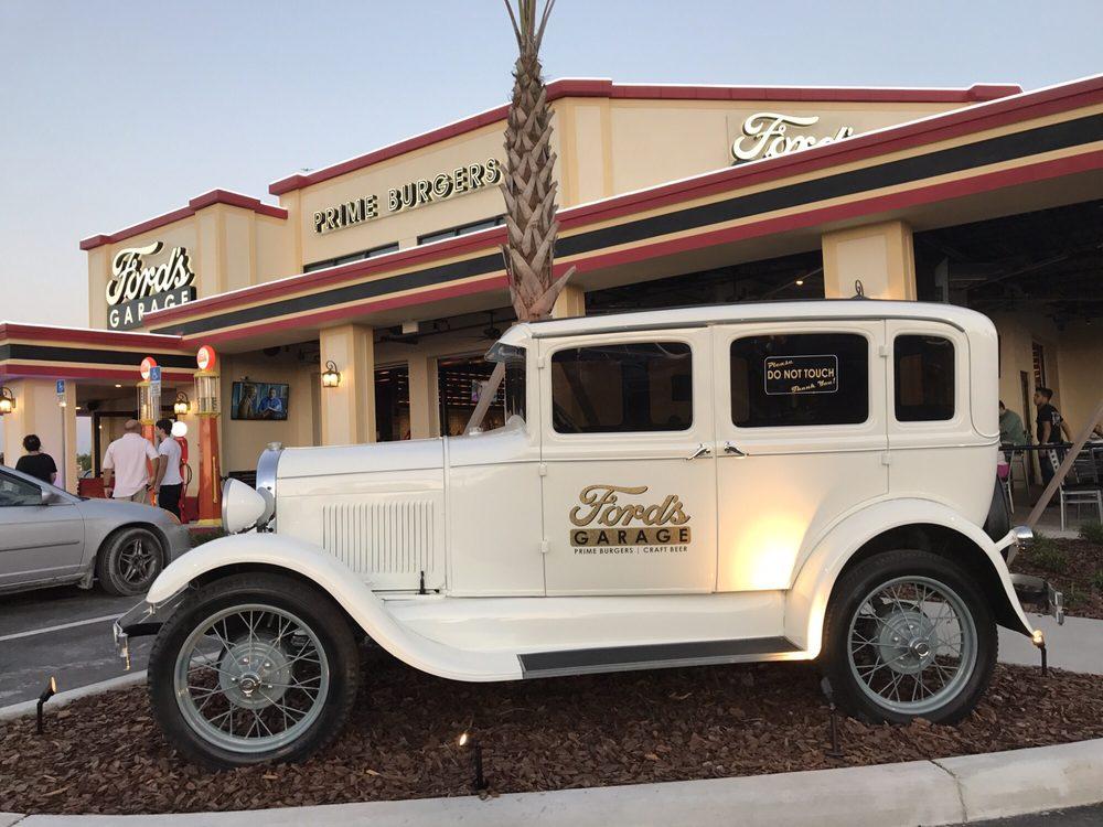 Ford s garage 115 kuvaa 102 arvostelua hampurilaiset for Garage ford 62