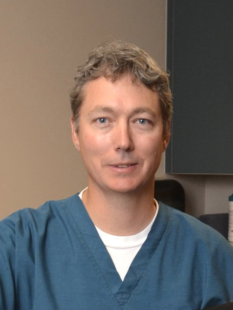 Mark Eggleston, MD - EyeCare Specialists: 500 Port Dr, Clarkston, WA