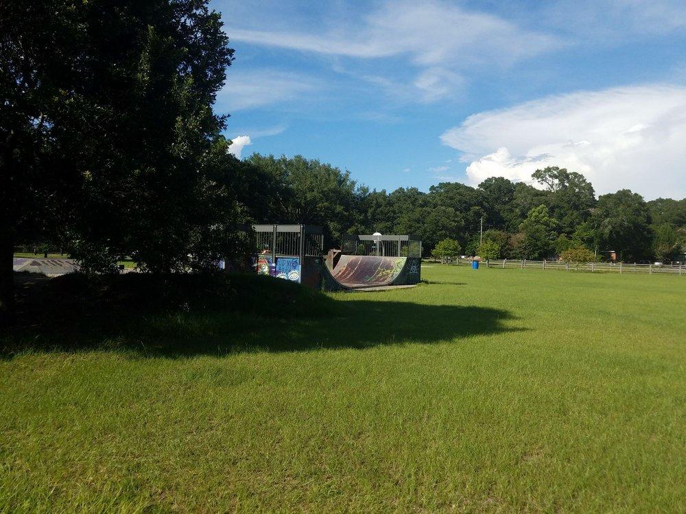 Chimes Way Park: 5000 Chimes Way, Pensacola, FL