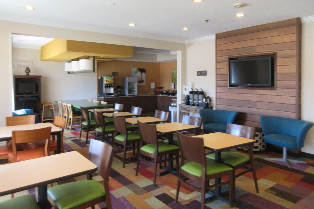 Quality Inn: 227 James Way, Marion, OH
