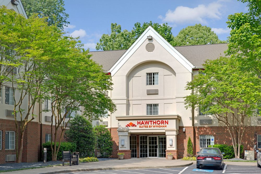 Hawthorn Suites By Wyndham Charlotte - 12 Photos & 15 Reviews ...