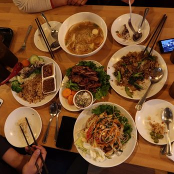 Luv2eat thai bistro order food online 540 photos 340 for Amazing thai cuisine north hollywood