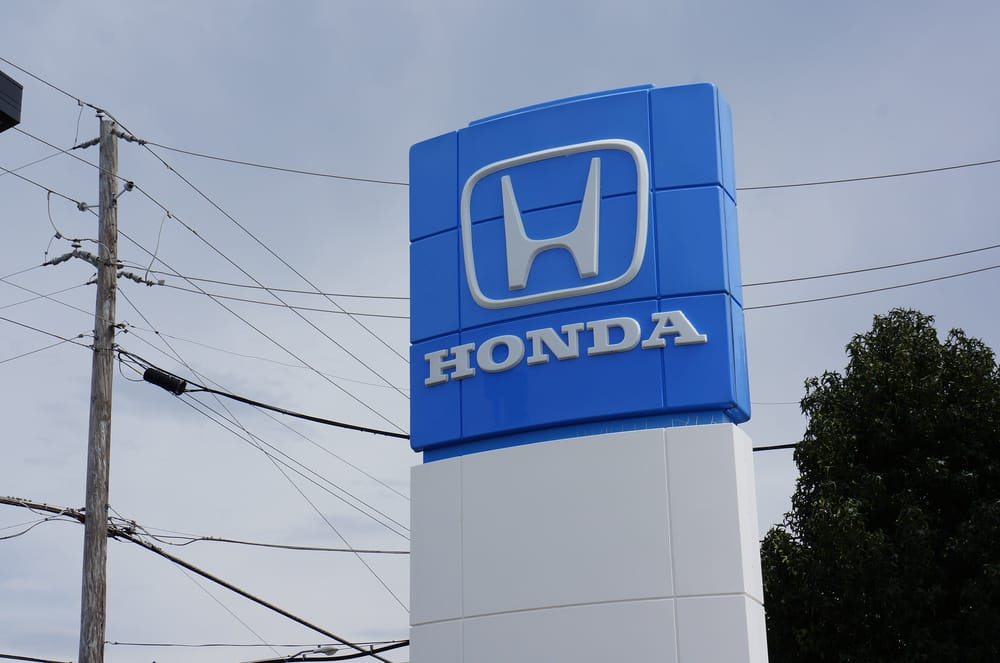 Looking for a new or used honda car truck or suv come for John eagle honda dallas