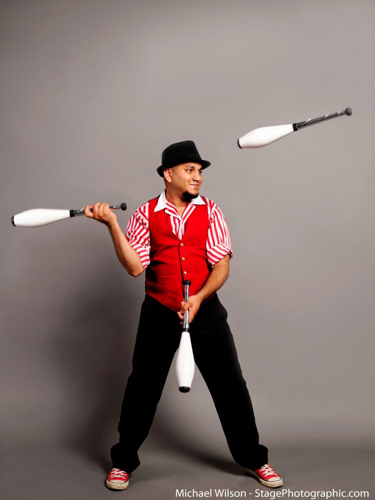 The Amazing Dharmesh, the Juggler