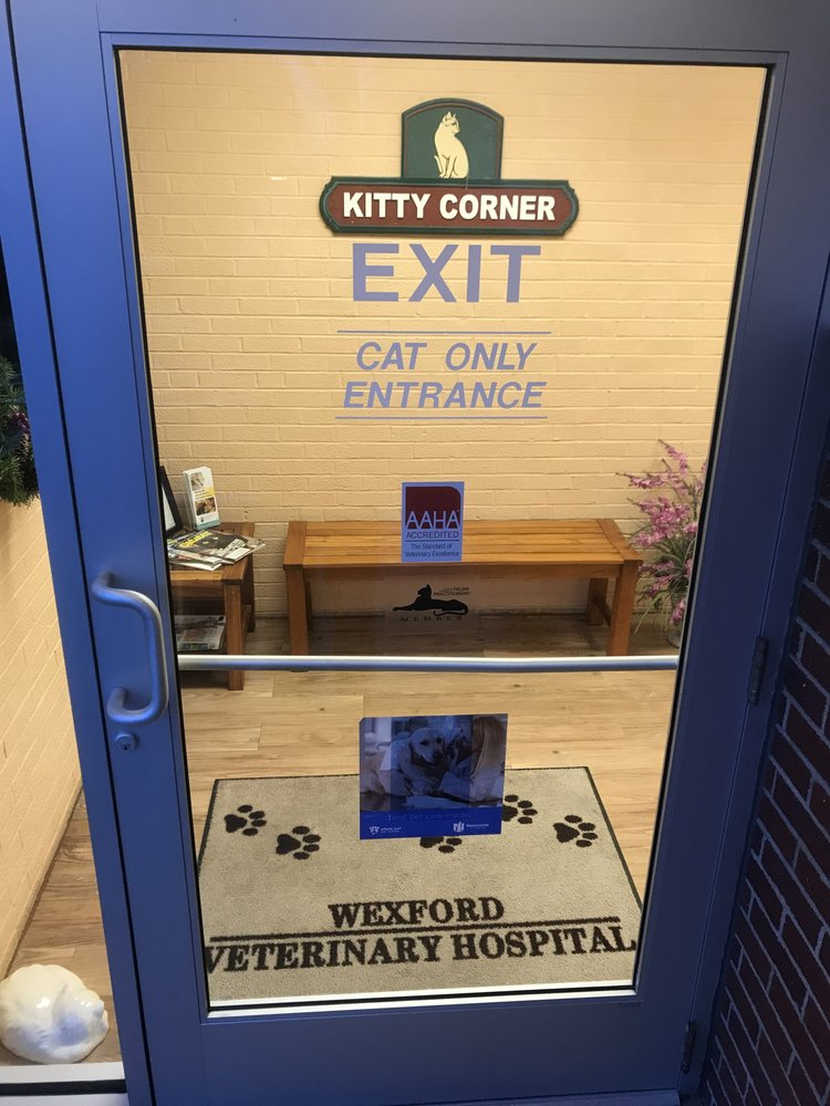 Wexford Veterinary Hospital: 10309 Perry Hwy, Wexford, PA