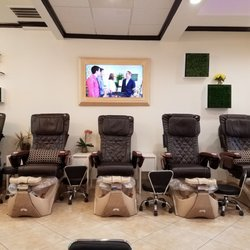 Nail Lounge 185 Photos 67 Reviews Nail Salons 5000 Belt Line