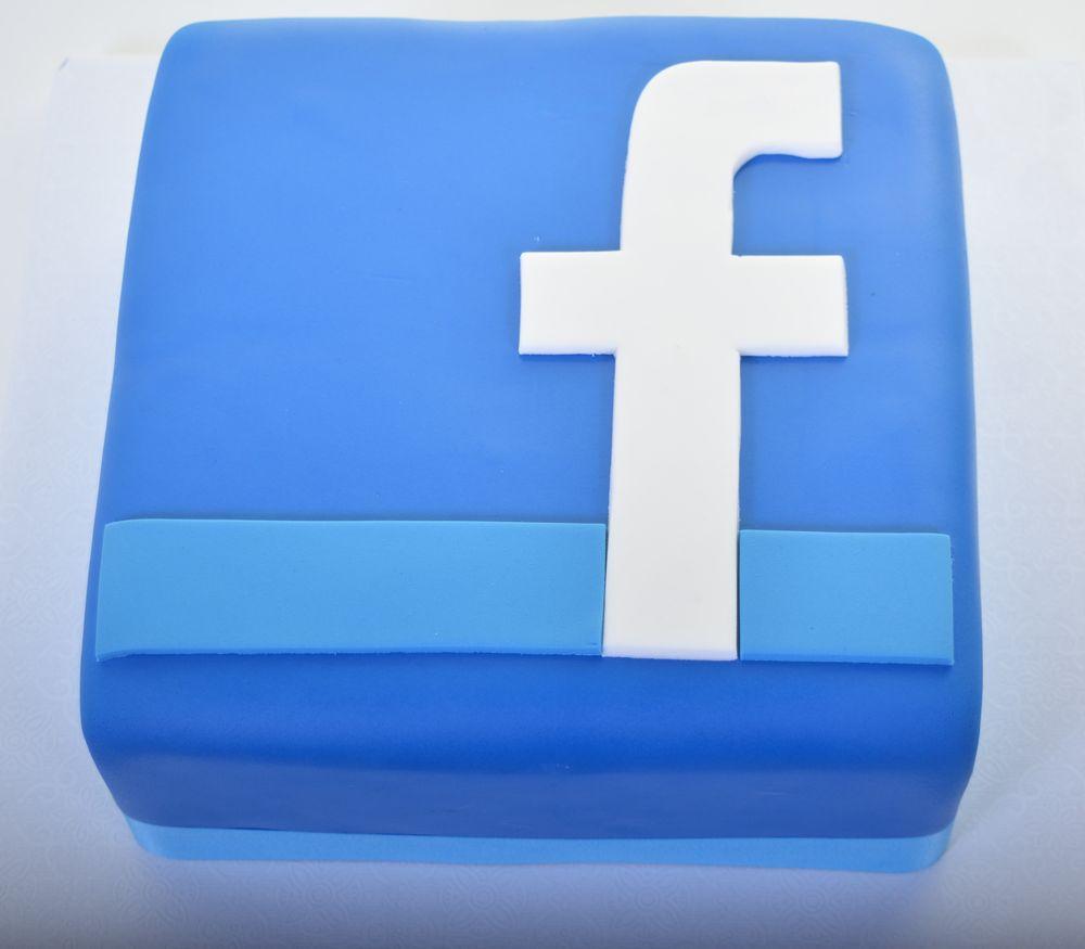 Facebook Logo Cake Yelp